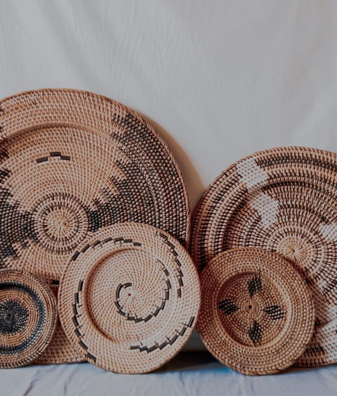 Wicker Rattan Plates Set
