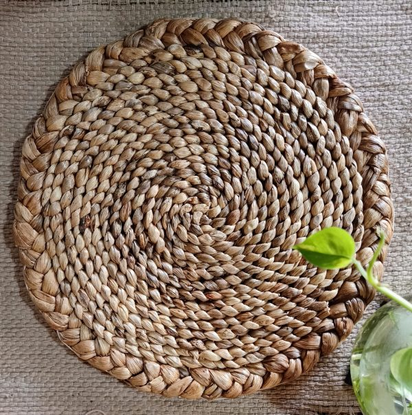 hand woven round placemat